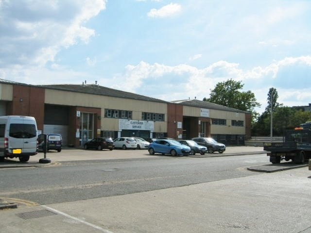 Units 16 & 17, St George's Industrial Estate, Richmond Road, Kingston upon Thames, KT2 5BQ